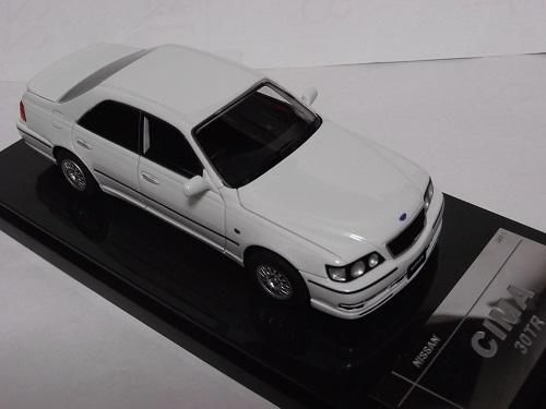 WIT'S W466 1 43 NISSAN 超激得SALE シーマ 特価キャンペーン CIMA ホワイトパール 30TR ミニカー