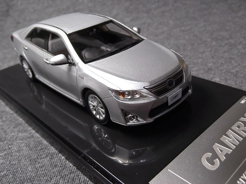 WIT'S CT544 1/43 CAMRY HYBRID G PACKAGE シルバーメタリック