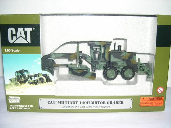 NORSCOT 55111 1/50 CAT 140H Military Motor Grader