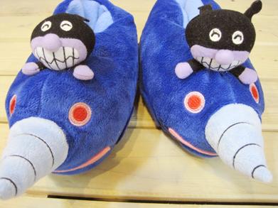 トラスト スリッパ 渋谷 代々木上原 こどもルームブーツ 早割クーポン ぬいぐるみばいきんまん号 キッズ あったか ふわふわ ~16cm程度まで ブーツ型の子供ルームシューズ