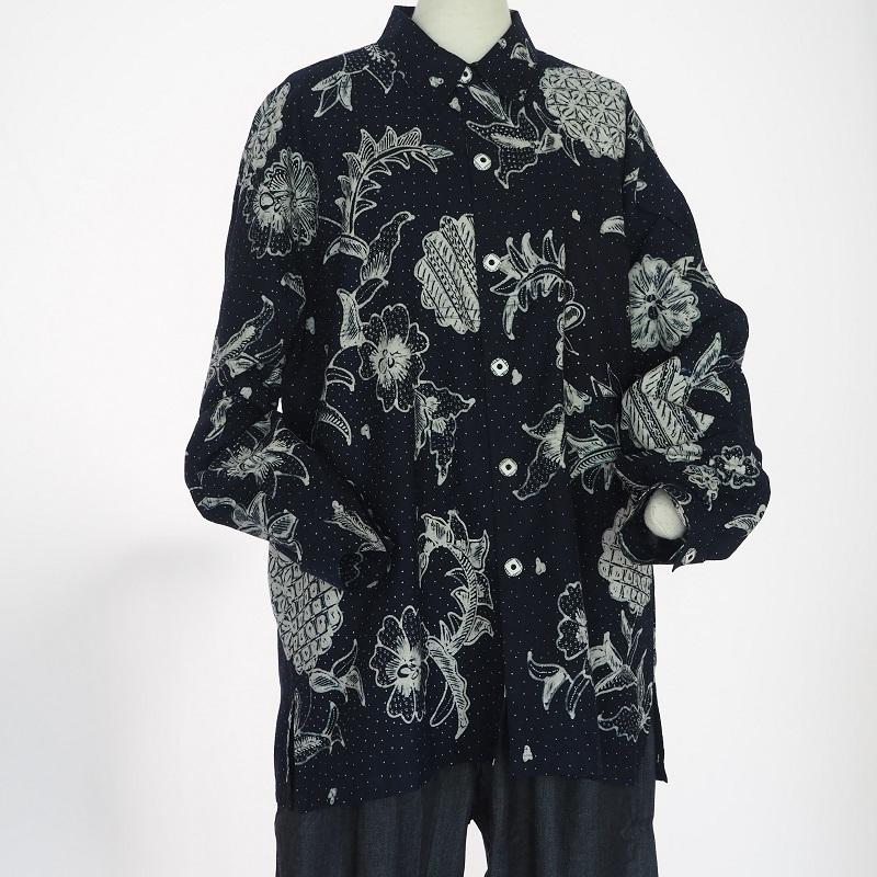 インドネシアの伝統的なバティックが美しいシャツ ジャワバティックメンズシャツ 濃紺 セールSALE%OFF 送料無料 ろうけつ染め 購買 コットンメンズ クラビ エスニック シャツ ラッピング無料 更紗krabi ギフト