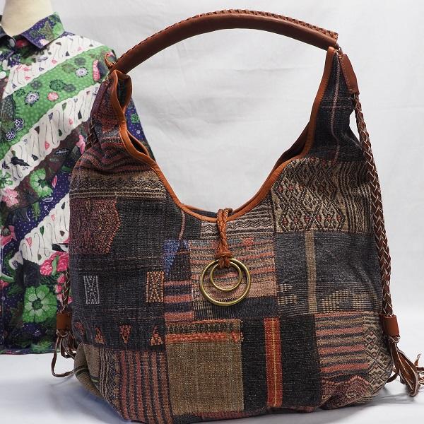 ナガ族の伝統 手仕事ならでは温かみを感じるバッグです ナガバッグ KB1702 送料無料 レディース バッグ ナガ族 クラビ ギフト エスニック AL完売しました。 革 アジアン お得なキャンペーンを実施中 krabi ラッピング無料