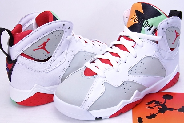 8801646ff2ef8c greece nike air jordan 7 retro bg hare jordan nike air jordan 7 retro hair  bugs
