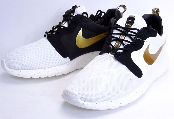 separation shoes 17dac fa28d NIKE ROSHE RUN HYP PRM QS Nike Roslin hyper premium quick strike  IVORY METALLIC GOLD ...