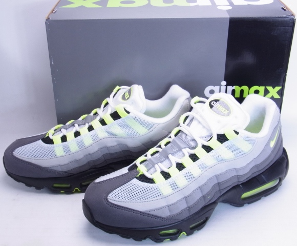 NIKE AIR MAX 95 OG Yellow gradation VOLT 20th anniversary Nike Air Max 95 OG yellow grade 20th anniversary commemorative 554970 071