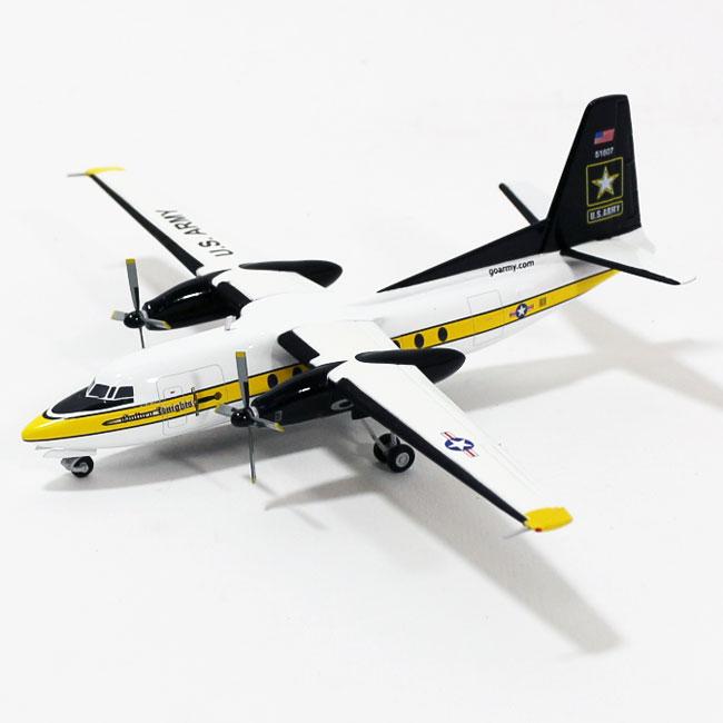 C-31A(フォッカーF27) アメリカ陸軍 パラシュートチーム「ゴールデンナイツ」 #85-1607 1/200 ※金属製  2015年9月12日発売 herpa/ヘルパウィングス飛行機/模型/完成品 [557177]