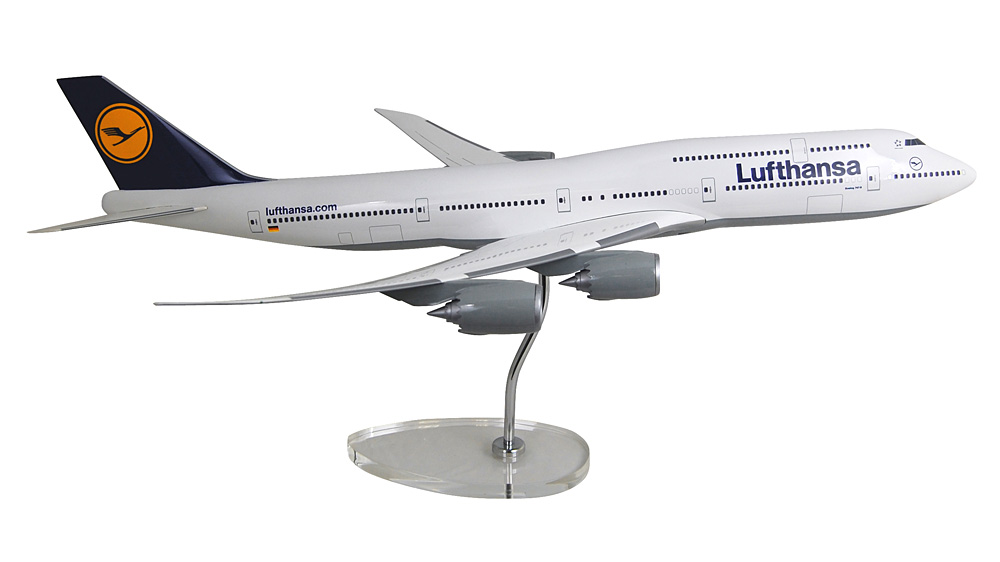 ボーイング 747-8i ルフトハンザドイツ航空 ※機体番号なし/ギアなし 1/100 ※樹脂製 2016年8月13日発売 LIMOX/リモックス飛行機/模型/完成品 [LM7478]