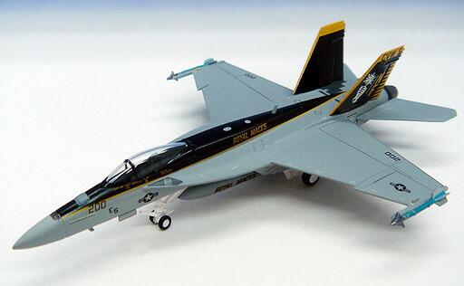 Hogan Wings F A-18E セール特価 スーパーホーネット アメリカ海軍 第27戦闘攻撃飛行隊 ロイヤルメイセス 200hogan NF200 1 模型 完成品 厚木基地 激安価格と即納で通信販売 6078 ホーガンウイングス飛行機