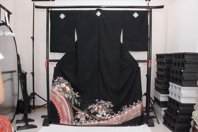 訳あり実店舗キャリー在庫 正絹黒留袖 黒(ぼたん×梅×あやめ×藤) 正装 結婚式 着付けの練習 トッカ