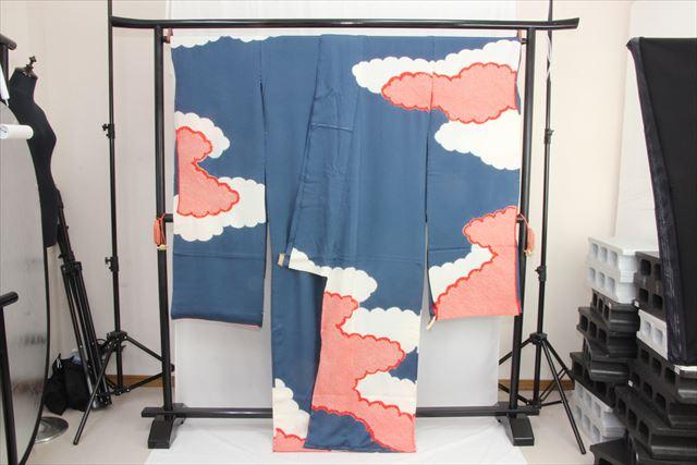 訳あり店舗キャリー在庫 正絹絞り振袖 藍色×白×赤 お祝い 着付 お稽古 トッカ