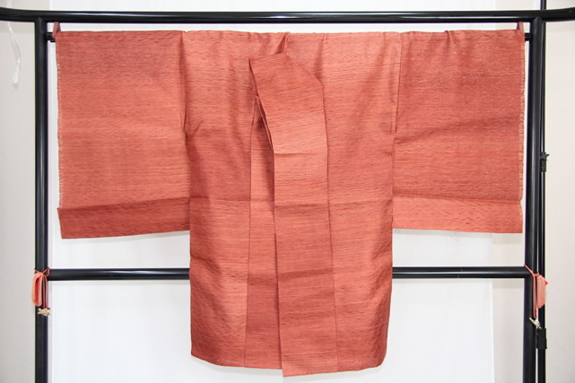 送料無料 訳あり実店舗キャリー在庫 正絹 羽織 コート地 くしかき 赤茶 女性用 着物 和装 道行 道中着 たまゆら 羽尺