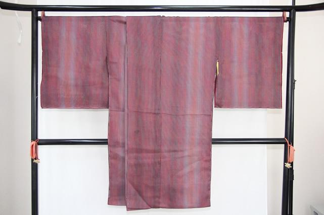 訳あり実店舗キャリー在庫 正絹 羽織 コート地 紗 赤紫 女性用 着物 和装 道行 道中着 たまゆら 羽尺 トッカ