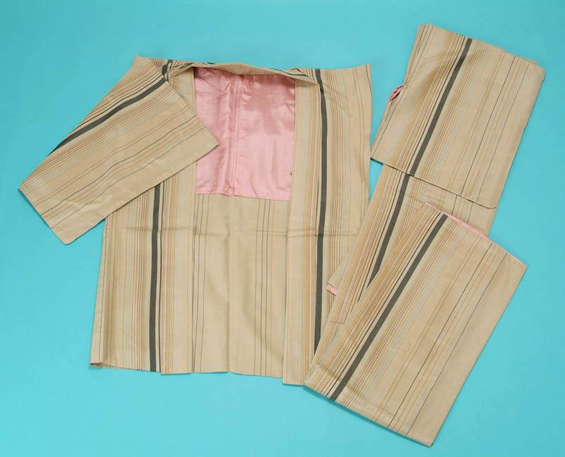 送料無料 訳あり 女アンサンブル (縞-生成り) 絹乙女 正絹紬アンサンブル お仕立上り 婦人用 女物 ブランド 着物 羽織