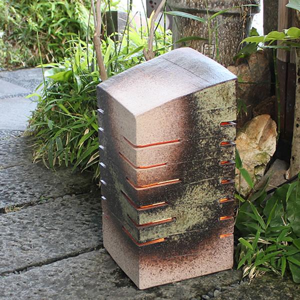 信楽焼庭園灯!玄関先、お庭を陶器照明が照らします。陶器あんどん/屋外用照明/防水ライト/行灯/あかり/防水照明[ak-0070]
