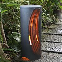 信楽焼庭園灯!玄関先、お庭を陶器照明が照らします。陶器あんどん/屋外用照明/防水ライト/行灯/あかり/防水照明[ak-0076]