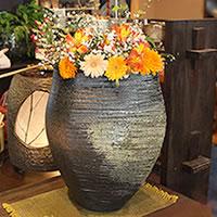 信楽焼古陶変形花瓶!癒しを感じさせる土味の壷/つぼ/花瓶/花器/陶器/花入れ/一輪挿し/しがらき/陶器/インテリア/やきもの/焼き物[ha-0035]