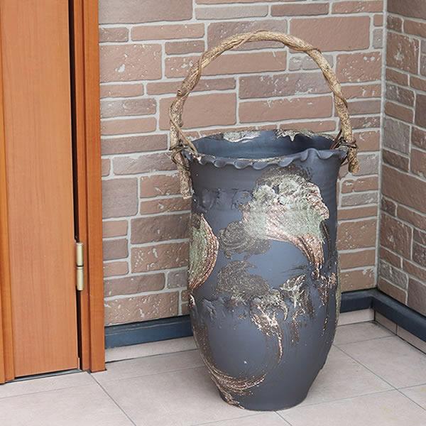 傘立て 陶器傘立て 信楽焼かさたて 和風傘立て 傘入れ 壷 しがらき カサタテ やきもの傘立て かさたて陶器 玄関 インテリア 傘立て陶器 おしゃれ ツル付き kt-0166