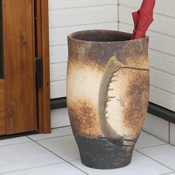 傘立て 陶器傘立て 信楽焼かさたて 和風傘立て 傘入れ 壷 しがらき カサタテ やきもの傘立て かさたて陶器 玄関 インテリア 傘立て陶器 kt-0015
