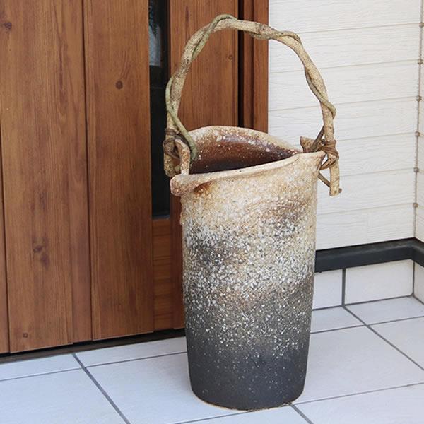 傘立て 陶器傘立て 信楽焼かさたて 和風傘立て 傘入れ 壷 しがらき カサタテ やきもの傘立て かさたて陶器 玄関 花器 花瓶 つる付き [kt-0203]