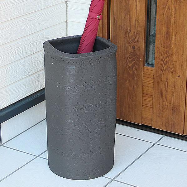 傘立て 陶器傘立て 信楽焼かさたて 和風傘立て 傘入れ 壷 しがらき カサタテ やきもの傘立て かさたて陶器 玄関 花器 花瓶 ブラック正角傘立て [kt-0310]