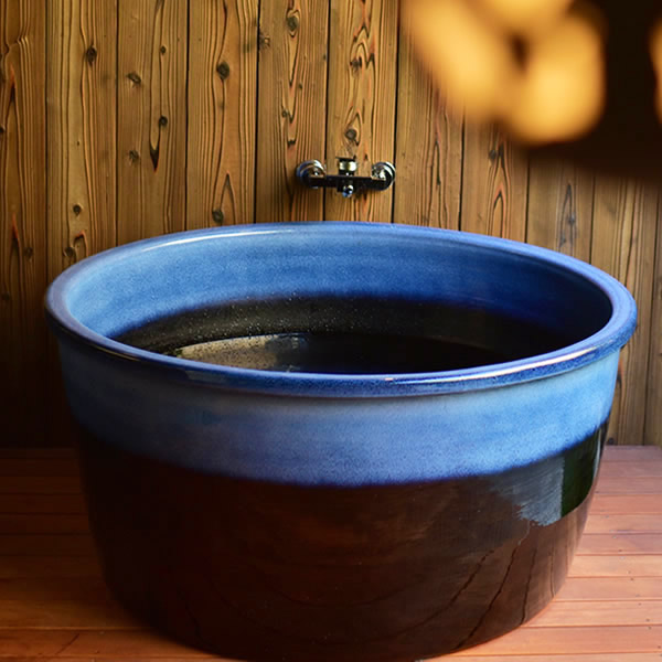 丸型 直径1000 × 高さ600mm 信楽焼浴槽ロクロ成型 陶器浴槽 陶器風呂 つぼ湯 つぼ風呂 風呂釜 風呂桶 しがらきやき やきもの バスタブ 釜風呂 信楽焼ふろ 露天 温泉 yr-1000