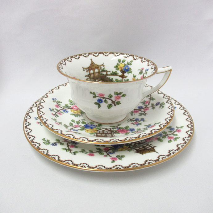 アンティーク トリオ カップ&ソーサー aynsley エインズレイ 特注品 1891-1925年頃 ヴィンテージ 食器 陶磁器 キッチン雑貨 テーブルウェア ティ―セット 茶器