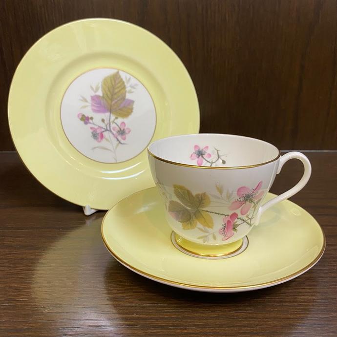 アンティーク トリオ カップ&ソーサー Shelley シェリー Bramble 1938-1966年頃 イギリス ヴィンテージ 食器 陶磁器 キッチン雑貨 テーブルウェア ティ―セット 茶器
