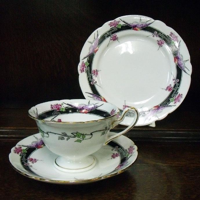 ◆アンティーク食器・陶磁器シェリー(Shelley) ティーカップ・トリオゲインズボロシェイプ紫色の鳥と花柄・レアデザイン/1925-1940年頃, ナゼシ:6b7d7e92 --- sunward.msk.ru
