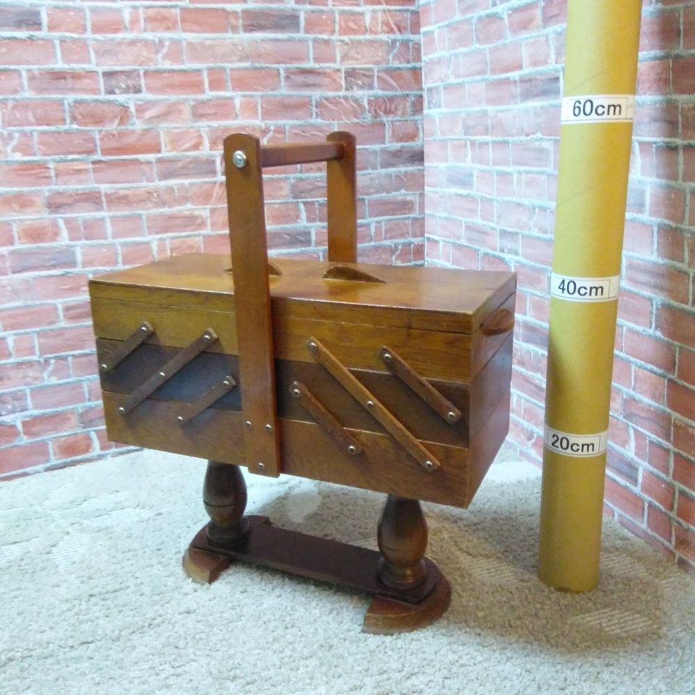 アンティーク裁縫、ソーイング ソーイングボックス・裁縫箱 木製 3段両開き 脚付き 美品 ダックレグ 小物入れ
