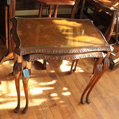 アンティーク雑貨小家具 木製ロココ調ネストテーブルセット