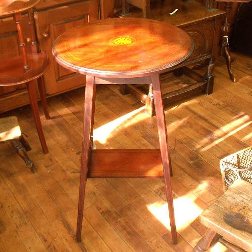 アンティーク雑貨小家具 木製マホガニー・サイドテーブル