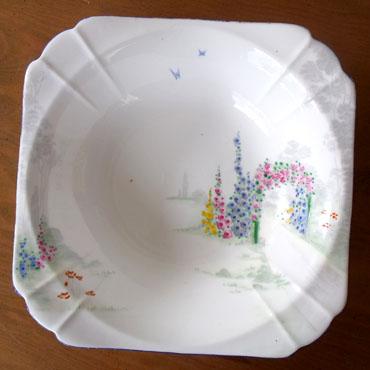 アンティーク食器・シェリーアーチオブローズ大皿