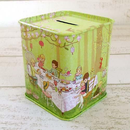 イギリスの絵本から飛び出してきた Belle Boo の貯金箱 ベルとブゥ 貯金箱 かわいい ティン 秀逸 コインバンク ブリキ缶 『1年保証』 おしゃれ レトロ