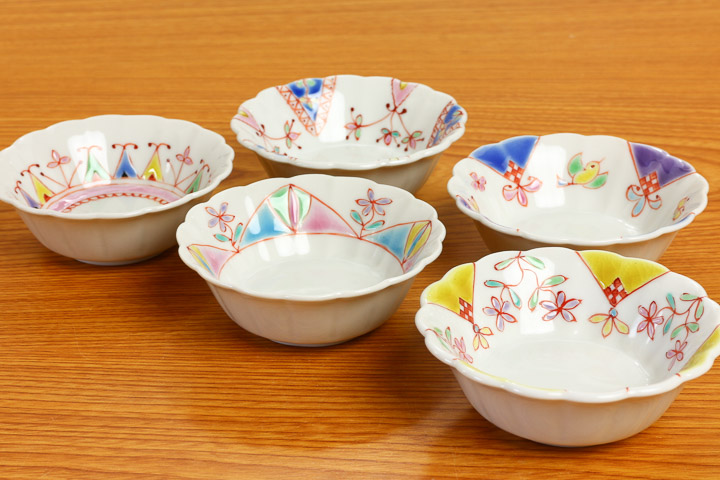 Chrysanthemum-小付 set overglaze painting remains / silver boat kiln < > Japanese instrument 小付 small pots popular gift set gift wedding gifts / 内祝i / return