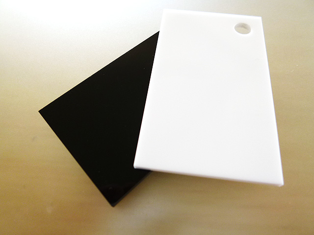 アクリル 板(押出し)白黒-板厚(5ミリ)-1830mm×915mm 以上 棚板 アクリル加工 レーザー加工 パネル テーブルマット 1枚分オーダーカット無料(直角カットのみ)