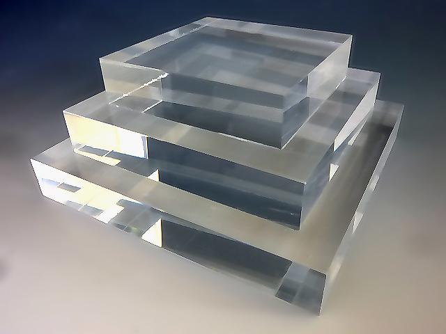 アクリル スクエアステージ W300mm×D300mm×H20mmアクリル板 アクリル素材 アクリル台 台座 棚 ひな壇 透明 コレクション スタンド フィギュア スクエア