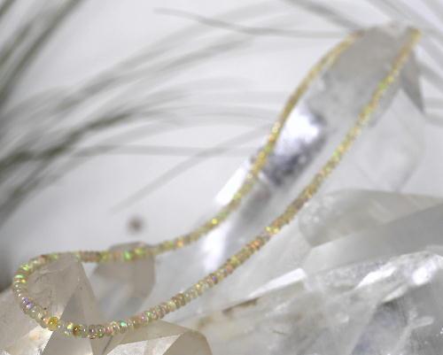 オパール ネックレス 産地 エチオピア 金具 金メッキ opal 蛋白石 キューピットストーン ジュエリー アクセサリー 天然石 鉱物 1点もの 現品撮影 OPS-6