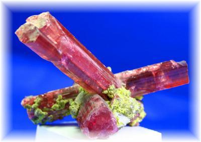 【送料無料】ピンクトルマリン(ルベライト)柱状結晶原石1  【あす楽対応】