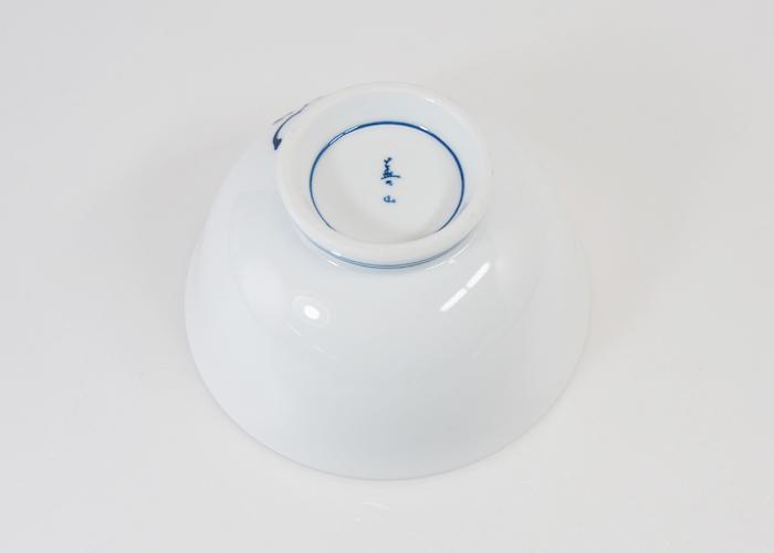 波佐見焼 辻が花 軽量飯碗(大・青) Φ12.5×6.5cm お茶碗 ご飯茶碗 ごはん茶碗 めしわん 和食器 磁器 HASAMI おしゃれ