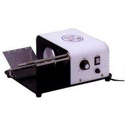電動包帯巻器ラビットII