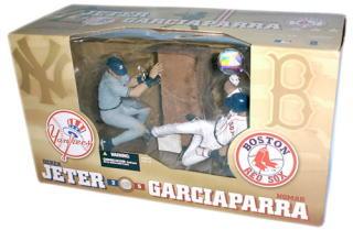 【まもなく入荷 2】マクファーレントイズ MLB 2PK デレク・ジーター&N・ガルシアパーラ