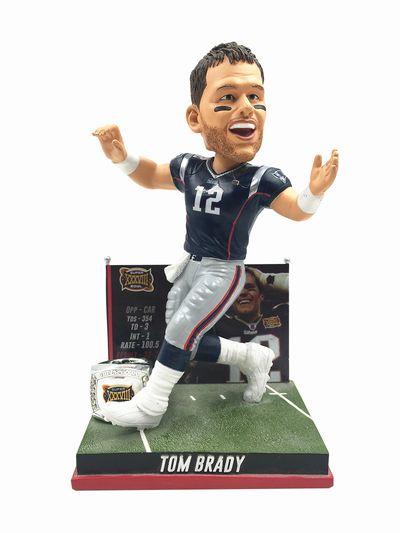 【まもなく再入荷 2003】【送料無料】2017年 NFL ボブルヘッド トム・ブレイディ 限定品/Second Super Bowl Win/ニューイングランド・ペイトリオッツ