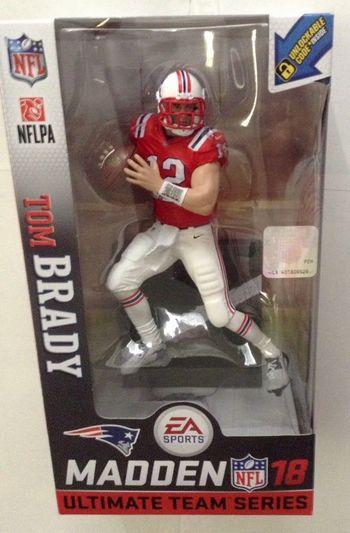 【まもなく再入荷 1810】EA Sports Madden NFL 18 シリーズ1/トム・ブレイディ レトロユニフォーム chase/ニューイングランド・ペイトリオッツ