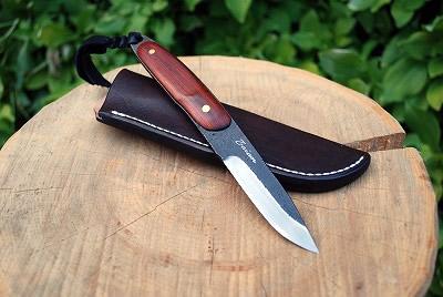 ハンティングアタックナイフ