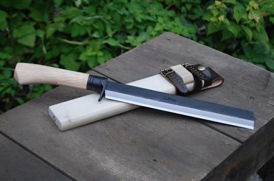 【予約販売】竹割鉈弐型 210 両刃 黒 青2鋼 柄鞘付