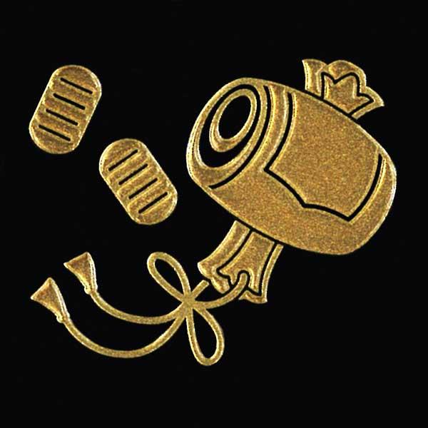 縁起物の蒔絵シールが登場 縁起物 蒔絵シール 打ち出の小槌 サービス 金 30mm ケータイ スマホ ステッカー シール 打出の小槌 七福神 大黒天 福を招く 宝物 新着 iQOS アイコス