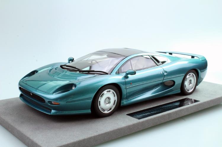 Jaguarジャガー XJ220 green /Top Marques 1/18 ミニカー