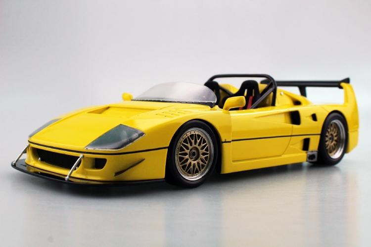 【予約】8月以降発売予定FERRARIフェラーリF40 LM BEURLYS BARCHETTA SPIDER 1989 /Top Marques 1/18 ミニカー