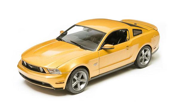 2010 Ford Mustangマスタング GT in Sunset Gold Metallic /Greenlight 1/18 ミニカー