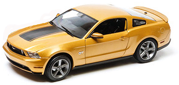 2010 Ford Mustangマスタング GT in Sunset Gold Metallic with Hood Stripe Package /Greenlight 1/18 ミニカー